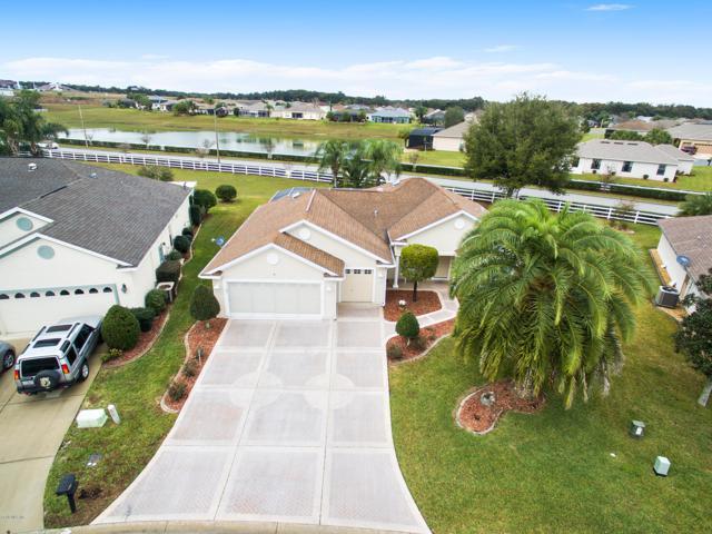 11005 Se 173rd Pl, Summerfield, FL 34491 (MLS #551010) :: Realty Executives Mid Florida