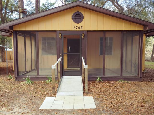 1747 SE 169th Terrace Road, Silver Springs, FL 34488 (MLS #551486) :: Realty Executives Mid Florida