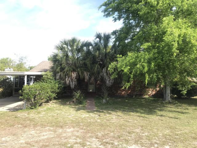 1821 SW 5th Street, Ocala, FL 34474 (MLS #552412) :: The Dora Campbell Team