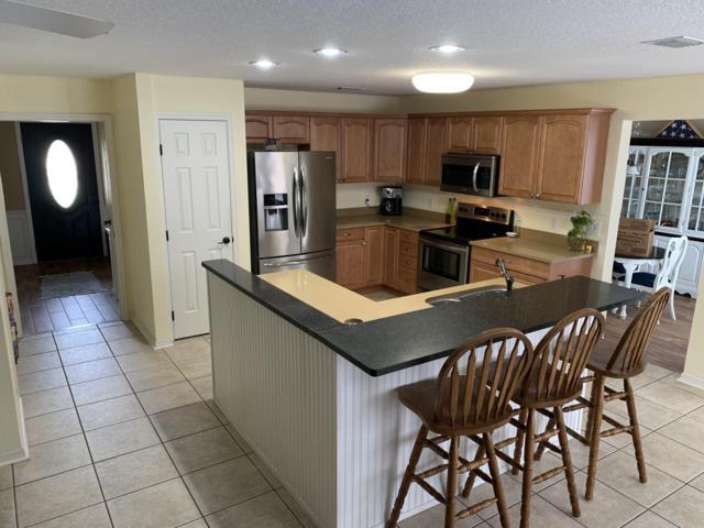 2923 SE 23rd Avenue, Ocala, FL 34471 (MLS #552764) :: Bosshardt Realty