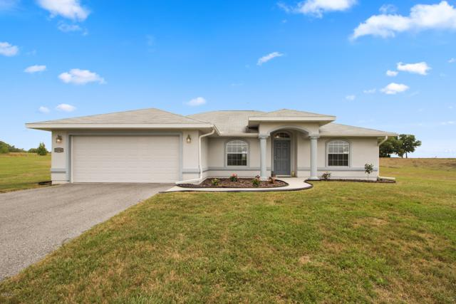 21741 SW 10th Street, Dunnellon, FL 34431 (MLS #553108) :: Realty Executives Mid Florida