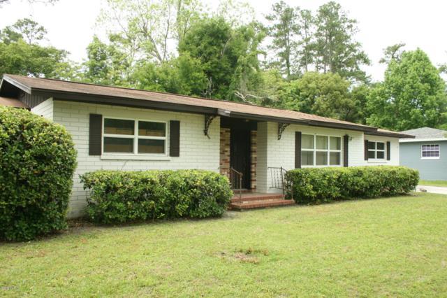 1118 NE 17th Avenue, Ocala, FL 34470 (MLS #555002) :: Bosshardt Realty