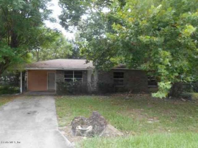 2289 NE 54th Place, Ocala, FL 34479 (MLS #556008) :: Bosshardt Realty