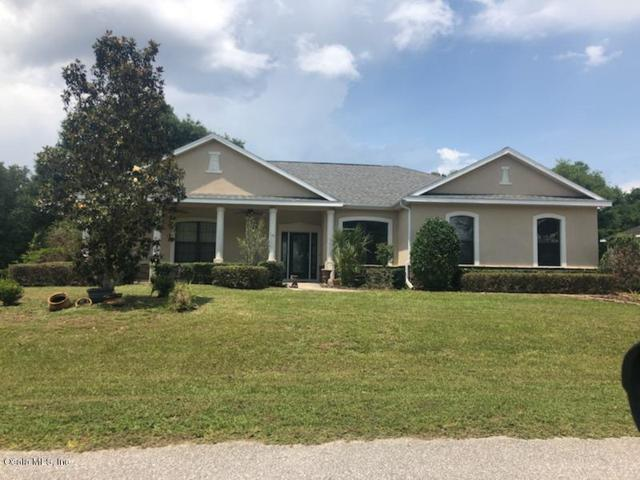10185 SE 136th Lane, Belleview, FL 34420 (MLS #556050) :: Bosshardt Realty