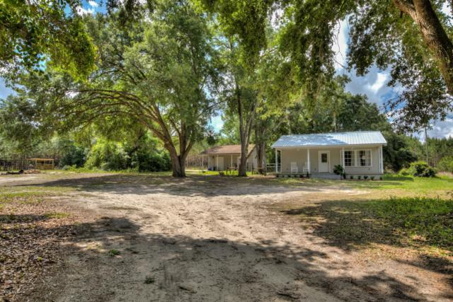14510 SE 170th Street, Weirsdale, FL 32195 (MLS #556081) :: Bosshardt Realty