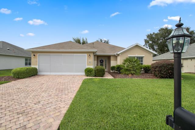 13837 SE 93rd Circle, Summerfield, FL 34491 (MLS #556262) :: Bosshardt Realty