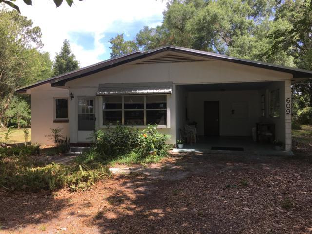 609 E Highway 318, Citra, FL 32113 (MLS #557221) :: Realty Executives Mid Florida