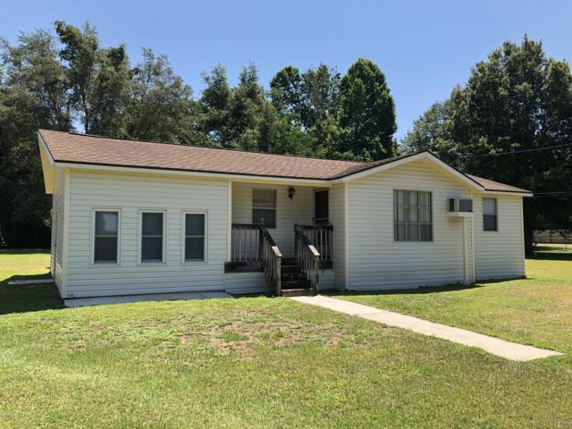 11737 SE 71st Terrace Road, Belleview, FL 34420 (MLS #557666) :: Bosshardt Realty