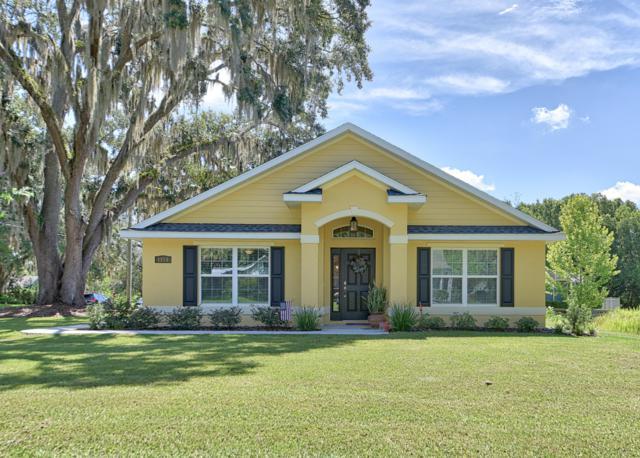 1215 SE 9th Avenue, Ocala, FL 34471 (MLS #559494) :: Bosshardt Realty