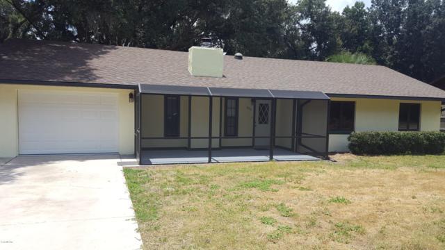 3786 NE 28th Court, Ocala, FL 34479 (MLS #559803) :: Realty Executives Mid Florida