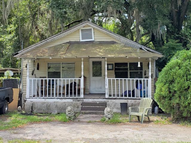 1230 SW 4th Street, Ocala, FL 34471 (MLS #559829) :: Pepine Realty