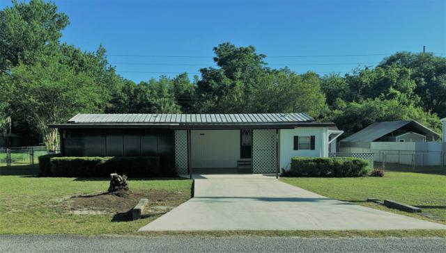 6767 NE 6th Place, Ocala, FL 34470 (MLS #560278) :: Bosshardt Realty