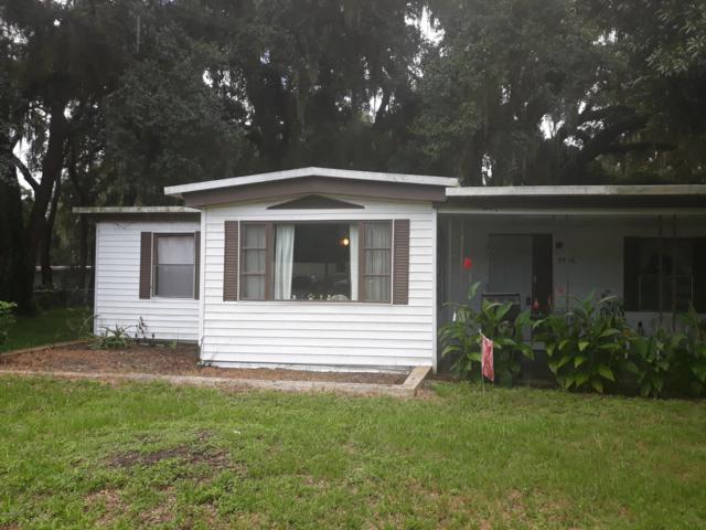 9786 SE 163rd Street, Summerfield, FL 34491 (MLS #560754) :: Bosshardt Realty