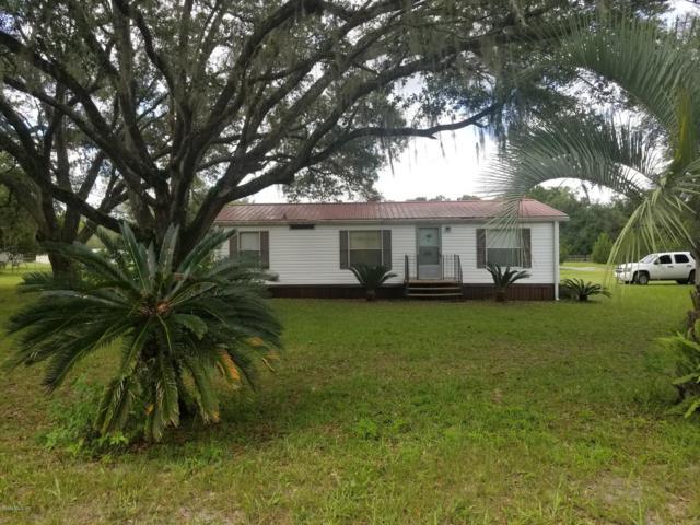 19251 SE 21st Place, Morriston, FL 32668 (MLS #560994) :: Bosshardt Realty