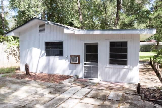 25035 NE 131st Place, Salt Springs, FL 32134 (MLS #562744) :: Bosshardt Realty