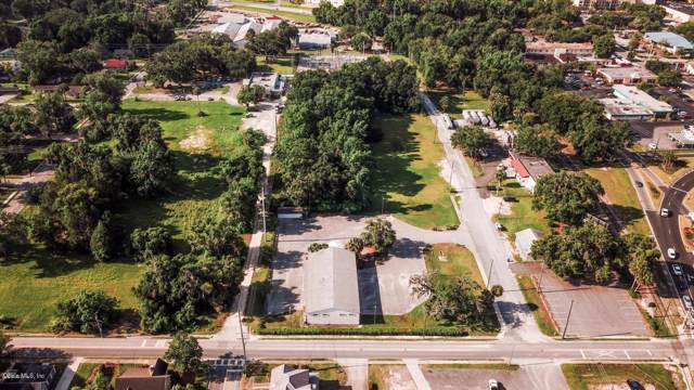 819 SE 1st Terrace, Ocala, FL 34471 (MLS #563956) :: The Dora Campbell Team