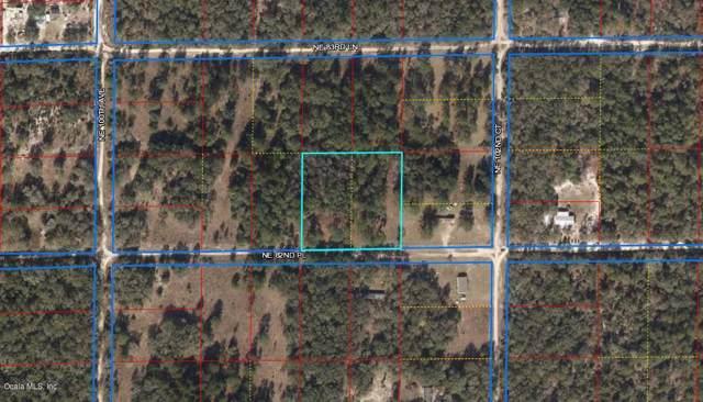 10151 NE 82nd Place, Bronson, FL 32621 (MLS #565659) :: Pepine Realty