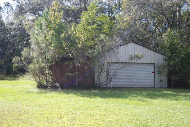 10379 NE Hwy 314, Silver Springs, FL 34488 (MLS #565888) :: The Dora Campbell Team