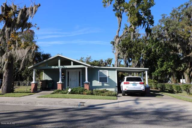 712 SE 3rd Avenue, Ocala, FL 34471 (MLS #566526) :: The Dora Campbell Team