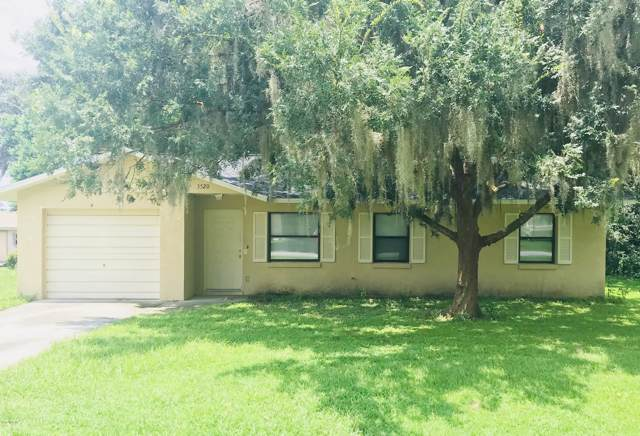 5520 NE 11th Avenue, Ocala, FL 34479 (MLS #567320) :: Bosshardt Realty