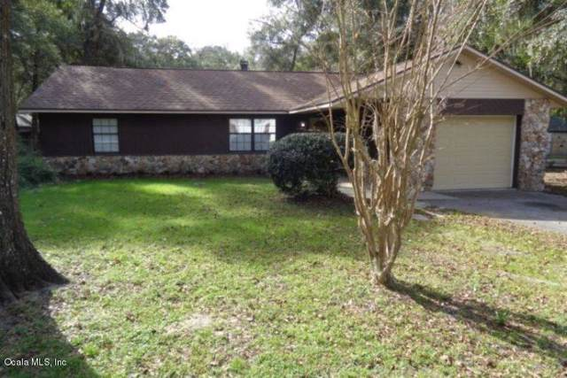 2554 NE 32nd Place, Ocala, FL 34479 (MLS #569456) :: Bosshardt Realty