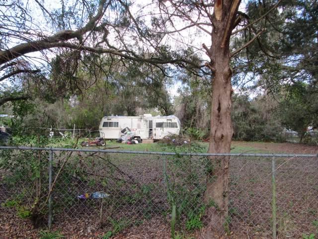 13235 NE 41st Lane, Silver Springs, FL 34488 (MLS #569537) :: Bosshardt Realty