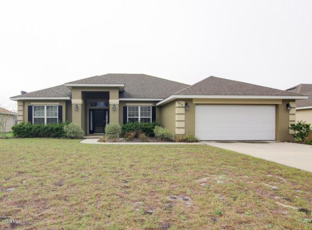 4058 SE 97th Lane, Belleview, FL 34420 (MLS #531882) :: Bosshardt Realty