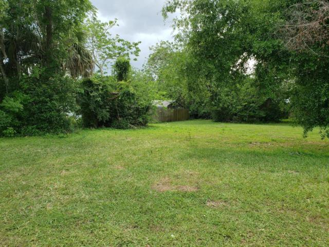 1734 W Silver Sprins Boulevard, Ocala, FL 34475 (MLS #552007) :: Pepine Realty