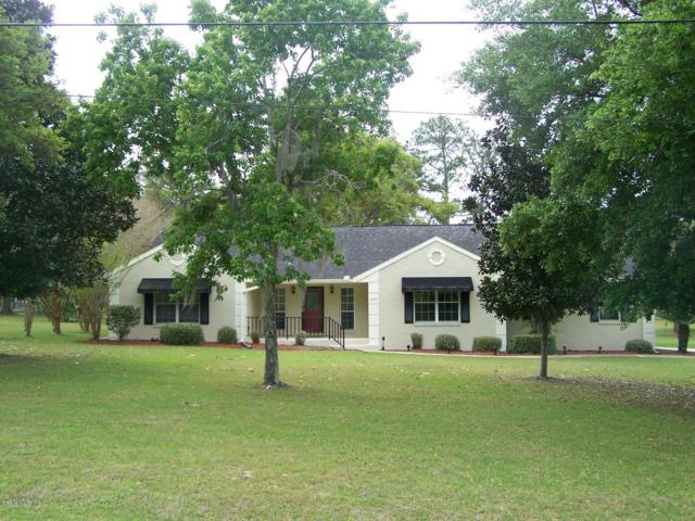 4420 NW 76th Court, Ocala, FL 34482 (MLS #552994) :: Bosshardt Realty