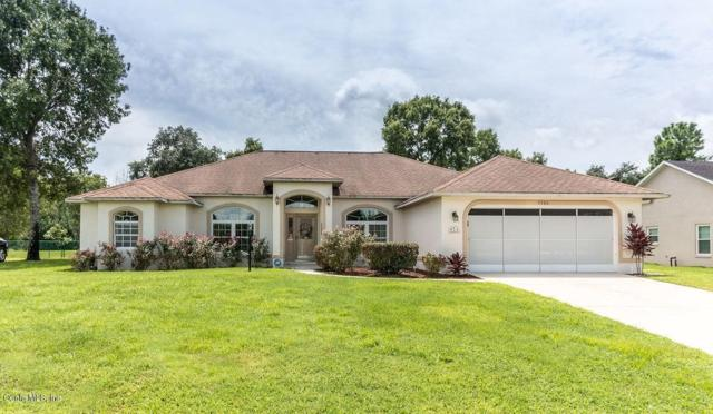5086 SW 111th Lane Road, Ocala, FL 34476 (MLS #560722) :: Bosshardt Realty