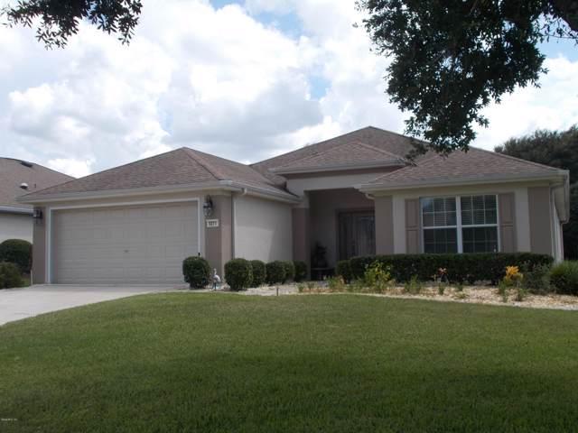 9271 SE 130th Loop, Summerfield, FL 34491 (MLS #562656) :: Bosshardt Realty