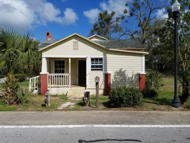821 NW 1st Street, Ocala, FL 34475 (MLS #528982) :: Bosshardt Realty