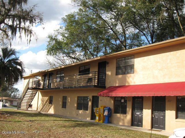 2227 S Pine Avenue, Ocala, FL 34471 (MLS #501733) :: Realty Executives Mid Florida