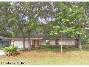 4 Hickory Loop Terrace, Ocala, FL 34472 (MLS #514672) :: Bosshardt Realty