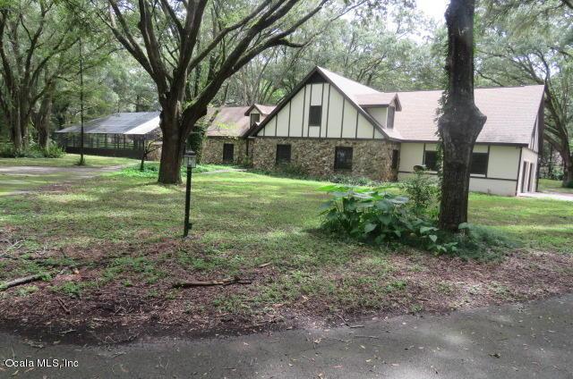 1941 SE 51st Terrace, Ocala, FL 34480 (MLS #524189) :: Realty Executives Mid Florida