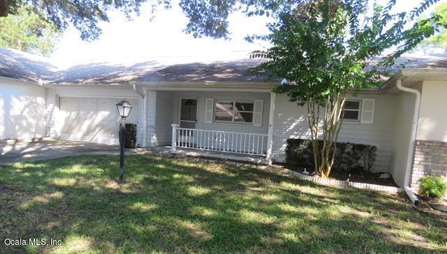 8973 SW 94 Lane B, Ocala, FL 34481 (MLS #527362) :: Realty Executives Mid Florida