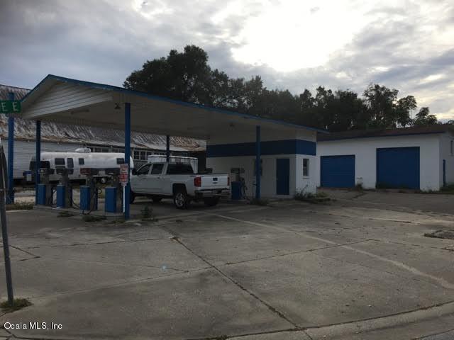 20700 9th Street, Mcintosh, FL 32664 (MLS #527865) :: Bosshardt Realty