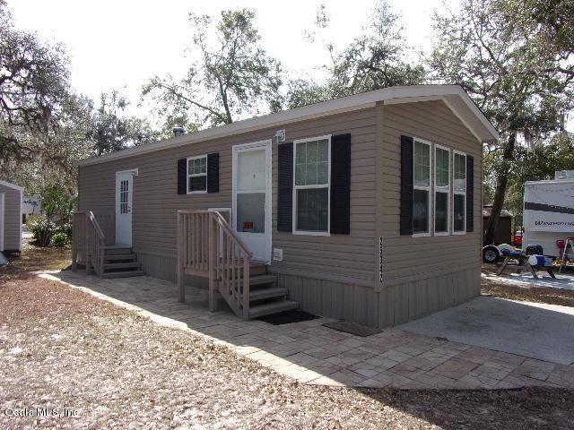 25342 NE 140 Street, Salt Springs, FL 32134 (MLS #530775) :: Realty Executives Mid Florida