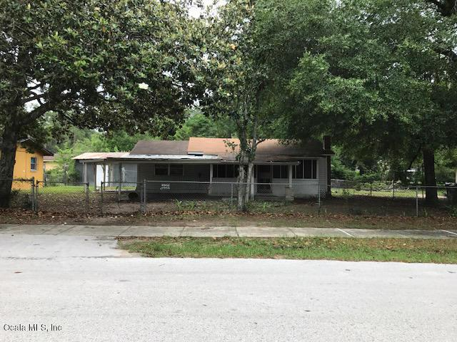2357 SW 4th St, Ocala, FL 34471 (MLS #530896) :: Bosshardt Realty