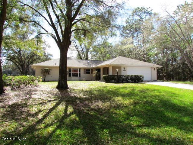 19328 SW 93 LANE Road, Dunnellon, FL 34432 (MLS #532441) :: Realty Executives Mid Florida