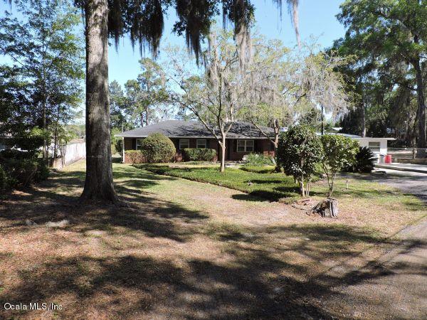 3901 State Road 21, Keystone Heights, FL 32656 (MLS #533537) :: Realty Executives Mid Florida