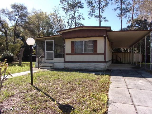 24820 NE 130 Place, Salt Springs, FL 32134 (MLS #533767) :: Realty Executives Mid Florida