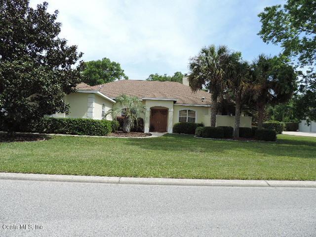 2121 SE 25th Street, Ocala, FL 34471 (MLS #534184) :: Bosshardt Realty