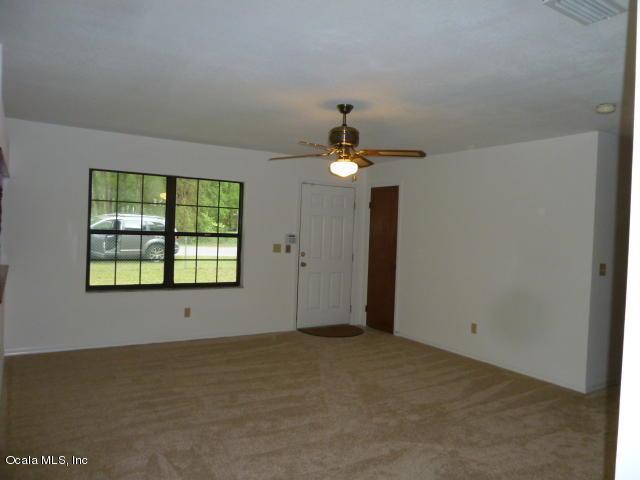 5811 NW 58th Terrace, Ocala, FL 34482 (MLS #534194) :: Bosshardt Realty