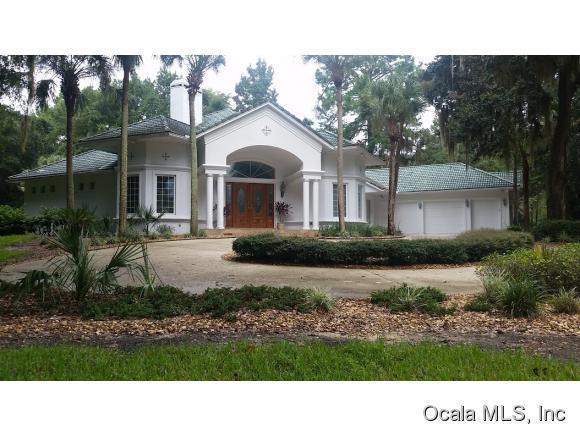 7097 SE 12th Circle, Ocala, FL 34480 (MLS #534510) :: Bosshardt Realty