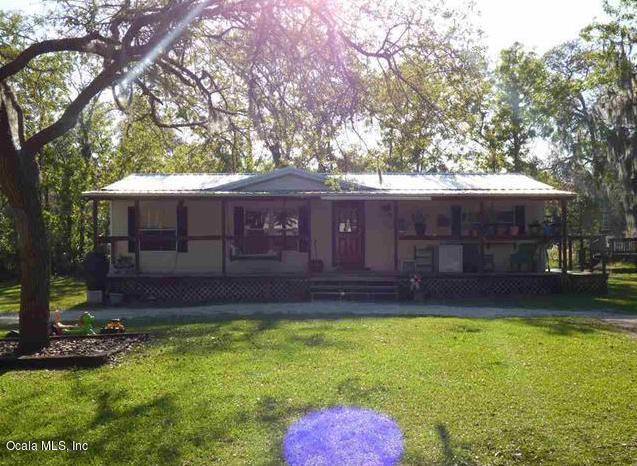 7730 NE 130th Court, Bronson, FL 32621 (MLS #535179) :: Pepine Realty