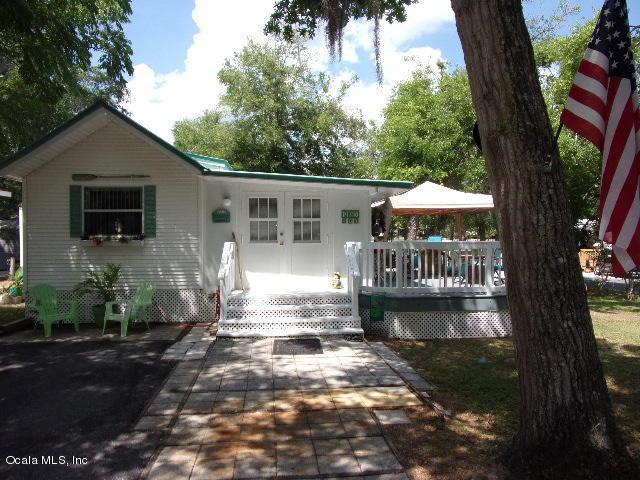 14390 NE 251 Circle, Salt Springs, FL 32134 (MLS #536363) :: Bosshardt Realty