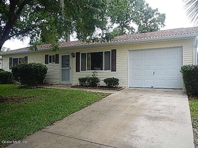 10834 SW 78th Avenue, Ocala, FL 34476 (MLS #536910) :: Bosshardt Realty