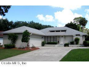 3335 SE 1st Terrace, Ocala, FL 34471 (MLS #537225) :: Bosshardt Realty