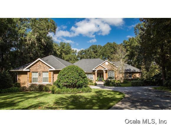 6859 SE 12th Circle, Ocala, FL 34480 (MLS #537830) :: Bosshardt Realty